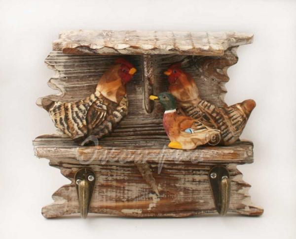Деревянная вешалка ручной работы с